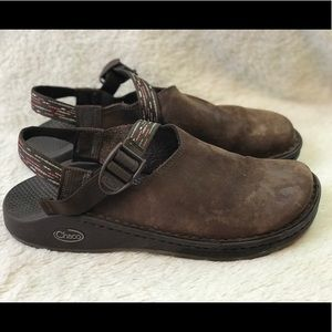 Chaco Brown Suede Leather Toecoop Clogs Sz 9.5